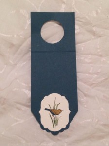 Scallop tag topper wine bottle gift tag